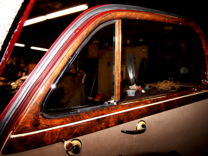 wood grain car paint project 1947 chevrolet business coupe in burl. Black Bedroom Furniture Sets. Home Design Ideas