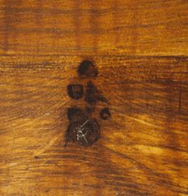 Oak faux wood knots and cracks