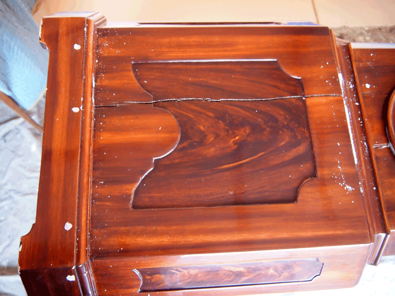 mahogany faux wood paint Perfect Wood Grain Clock before restoration