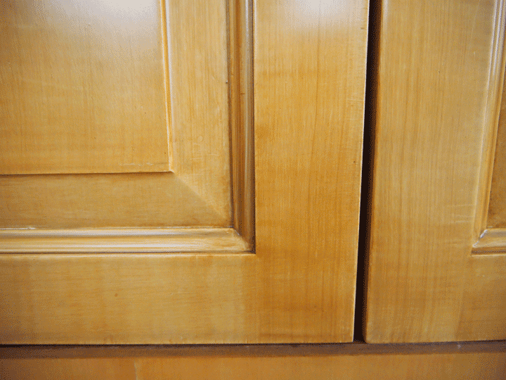 perfectwoodgrain Close up of faux painted cherry cabinet doors perfectwoodgrain